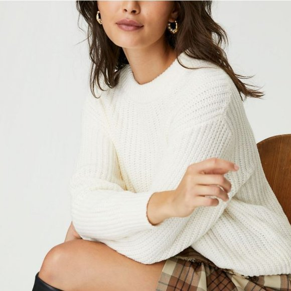 Aritzia Wilfred Essential Chenille Sweater Relaxed